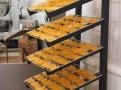 Připravené kousky kandovaných pomerančů k čokoládovému namáčení