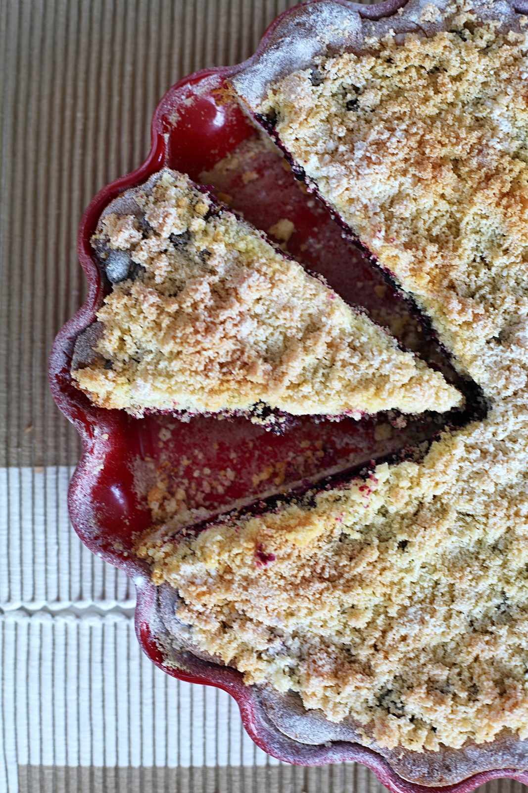 Lesní borůvky dodají koláči skvělou chuť
