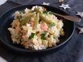 Salát má být lehký a  z těch nejčerstvějších surovin. Chutě mají být vyvážené, pikantnosti  dodají kapary a hořčice.