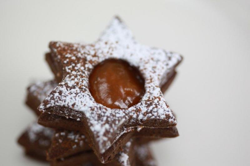 Kakaové hvězdičky s marmeládou