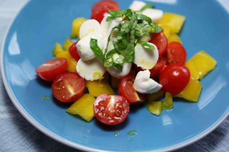 salat_s_mozzarellou