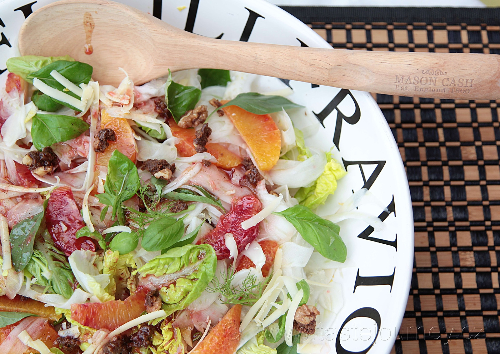 Dresing z krvavých pomerančů dodá salátu exkluzivitu