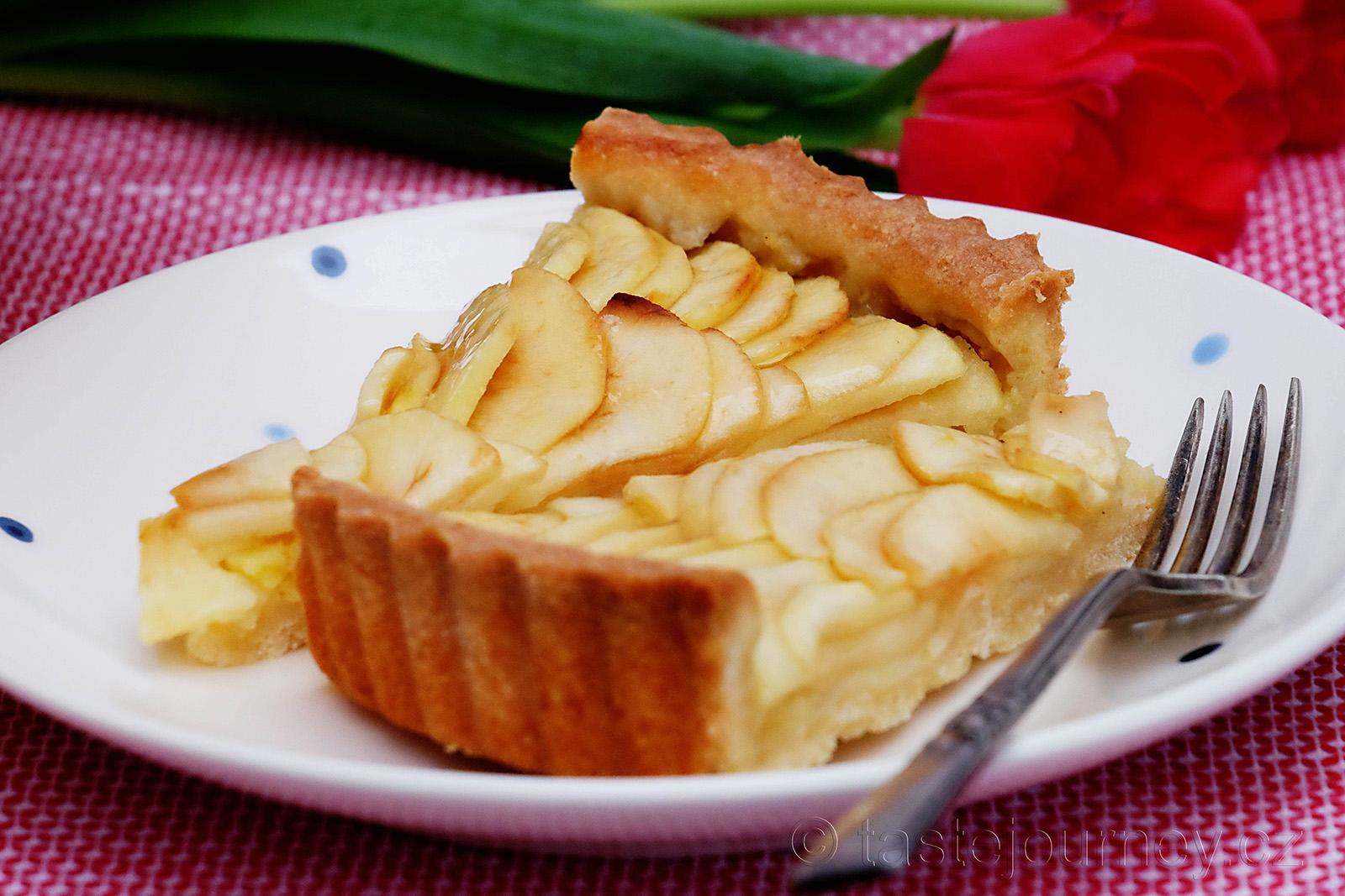 Pochutnejte si na francouzském jablečném koláči