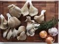 Hlíva ústřičná patří mezi nejhodnotnější houby