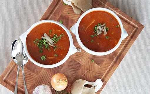 Zázračná houba v polévce a la dršťková