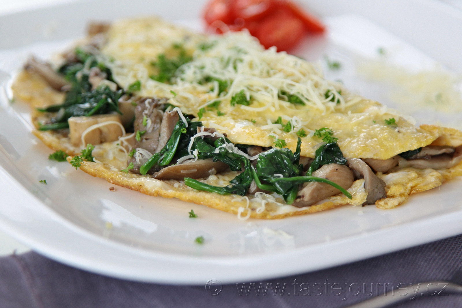 Omeleta plná proteinů s hlívou ústřičnou