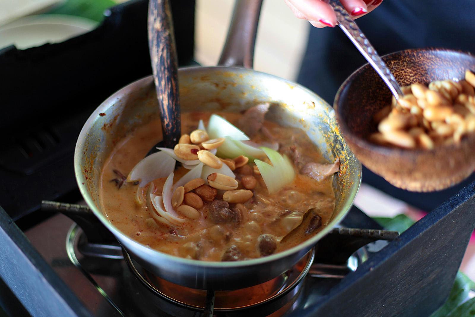 Cibuli a burákové oříšky podávejte až na konci varu