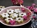 Slepované vánoční cukroví s čajem macha oživí váš repertoár