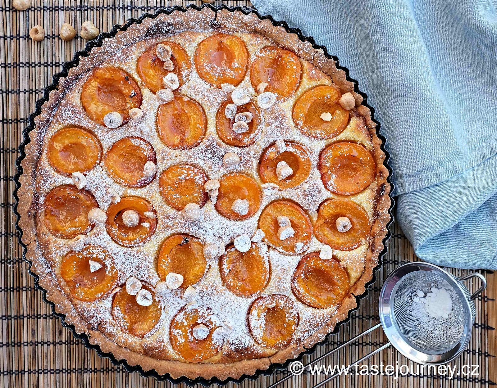 Meruňky ve frangipane - dokonale rustikální francouzský koláč