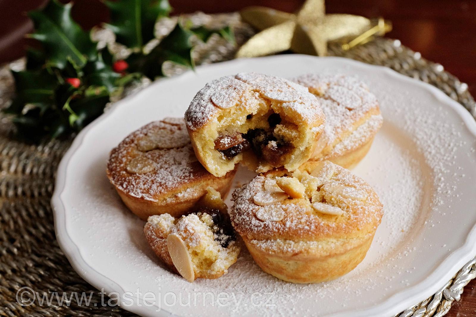 Britské Vánoce s mince pie s ovocnou náplní