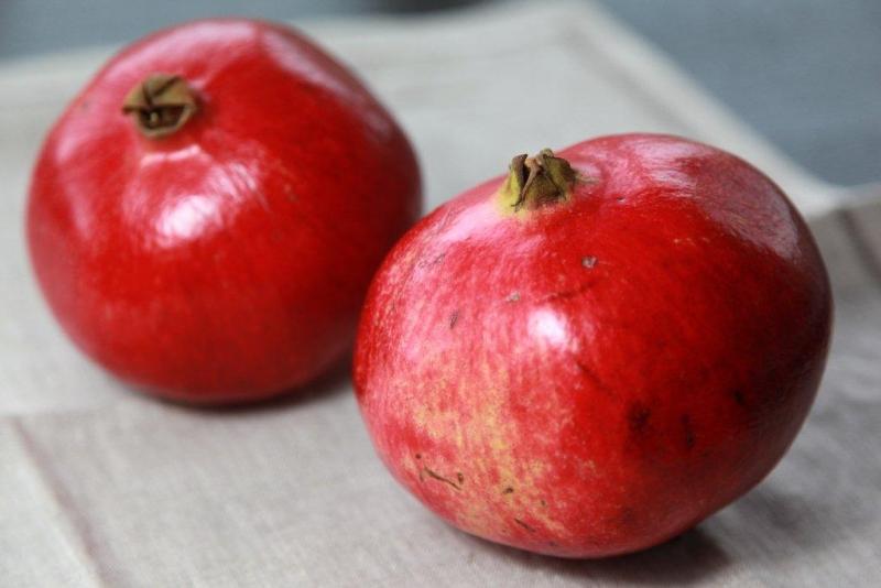 vybírejte jablka s pevnou slupkou
