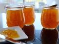 Příjemně nahořklá chuť je typická pro marmeládu ze Sevilských pomerančů