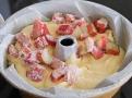 Růžová rebarbora se svoji pikantní chutí dodá svěží chutě