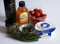 Olivový olej, tymián, rajčata a kozí sýr, kapary- řecké suroviny