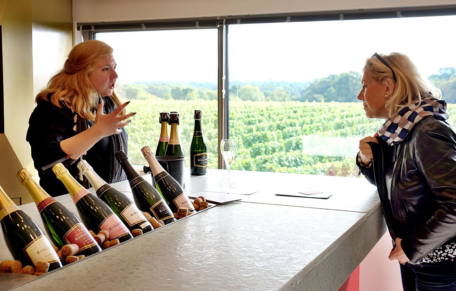 Vinařství Ridgeview v East Sussexu patří mezi průkopníky v produkci šumivých vín