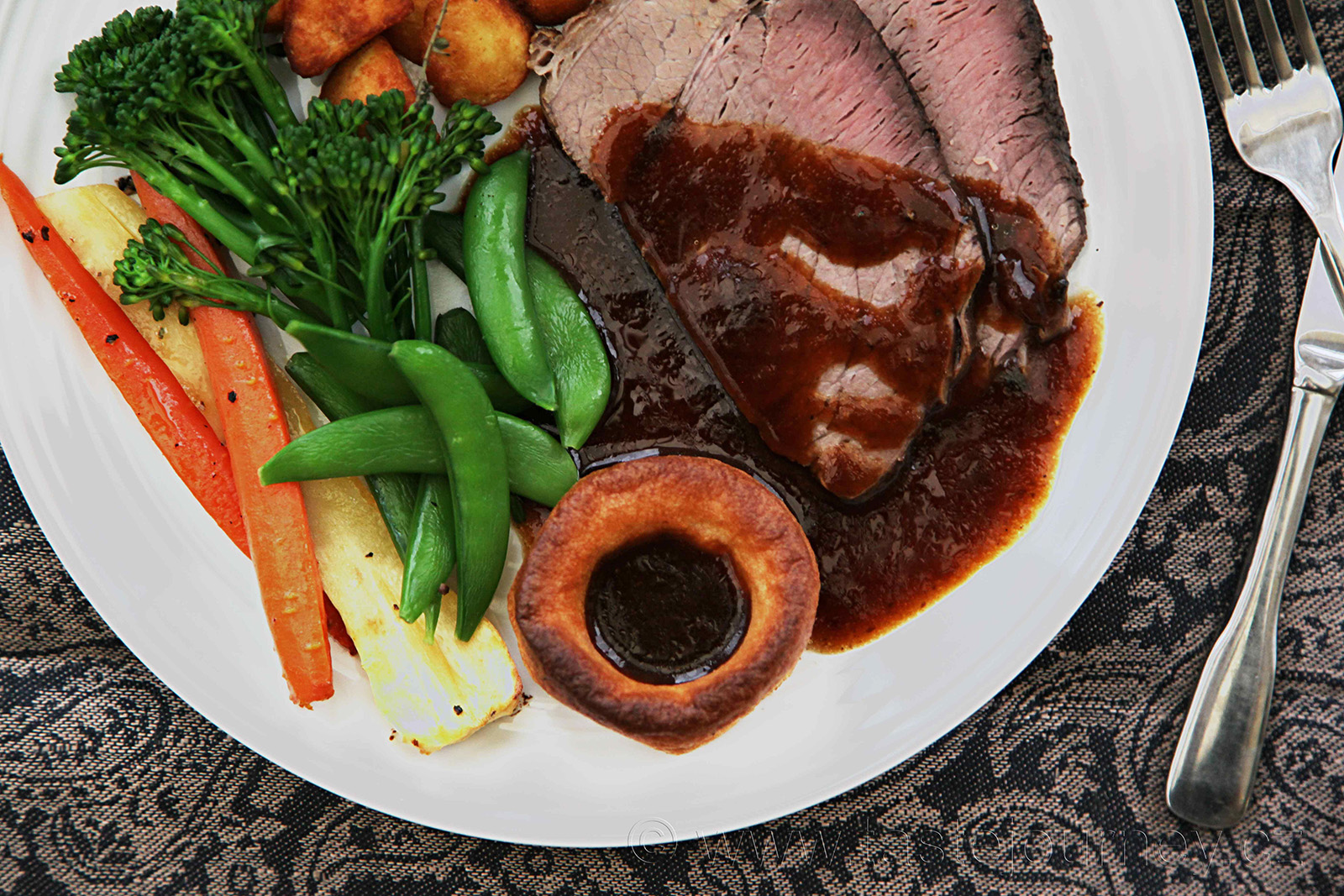 Tradiční Sunday Roast jako souznění všech dobrých chutí