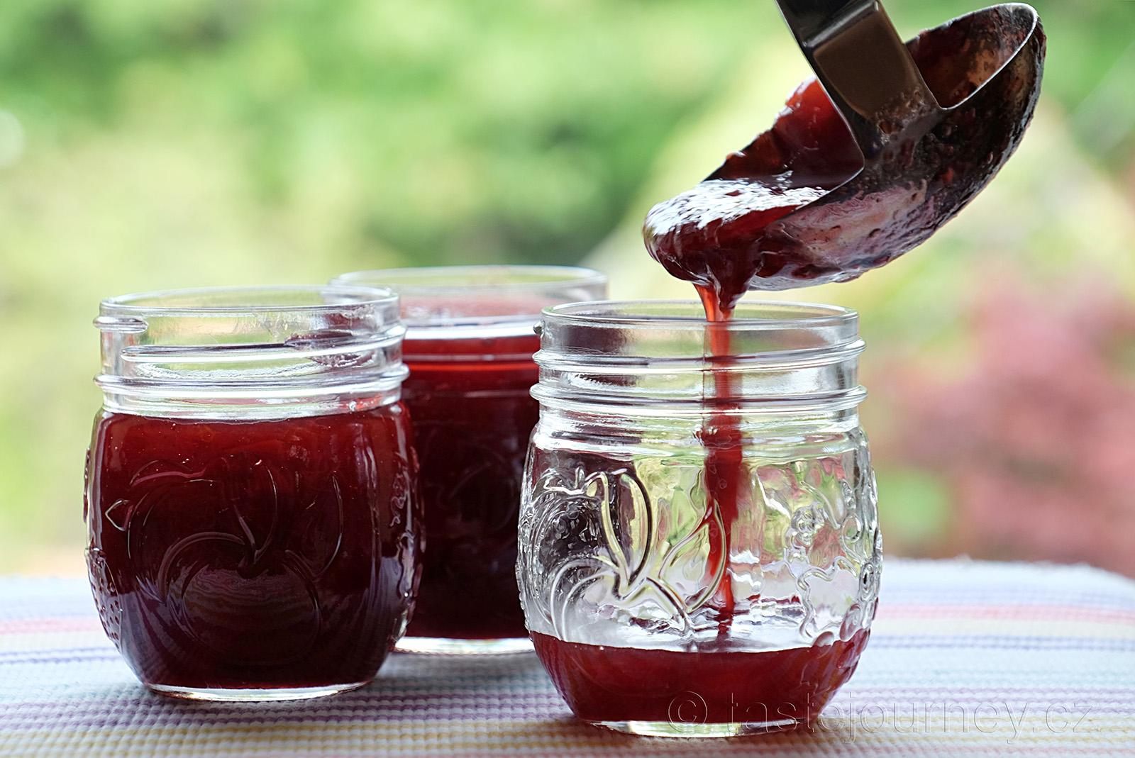 Švestkový džem s vanilkou je harmonií sladkokyselých chutí