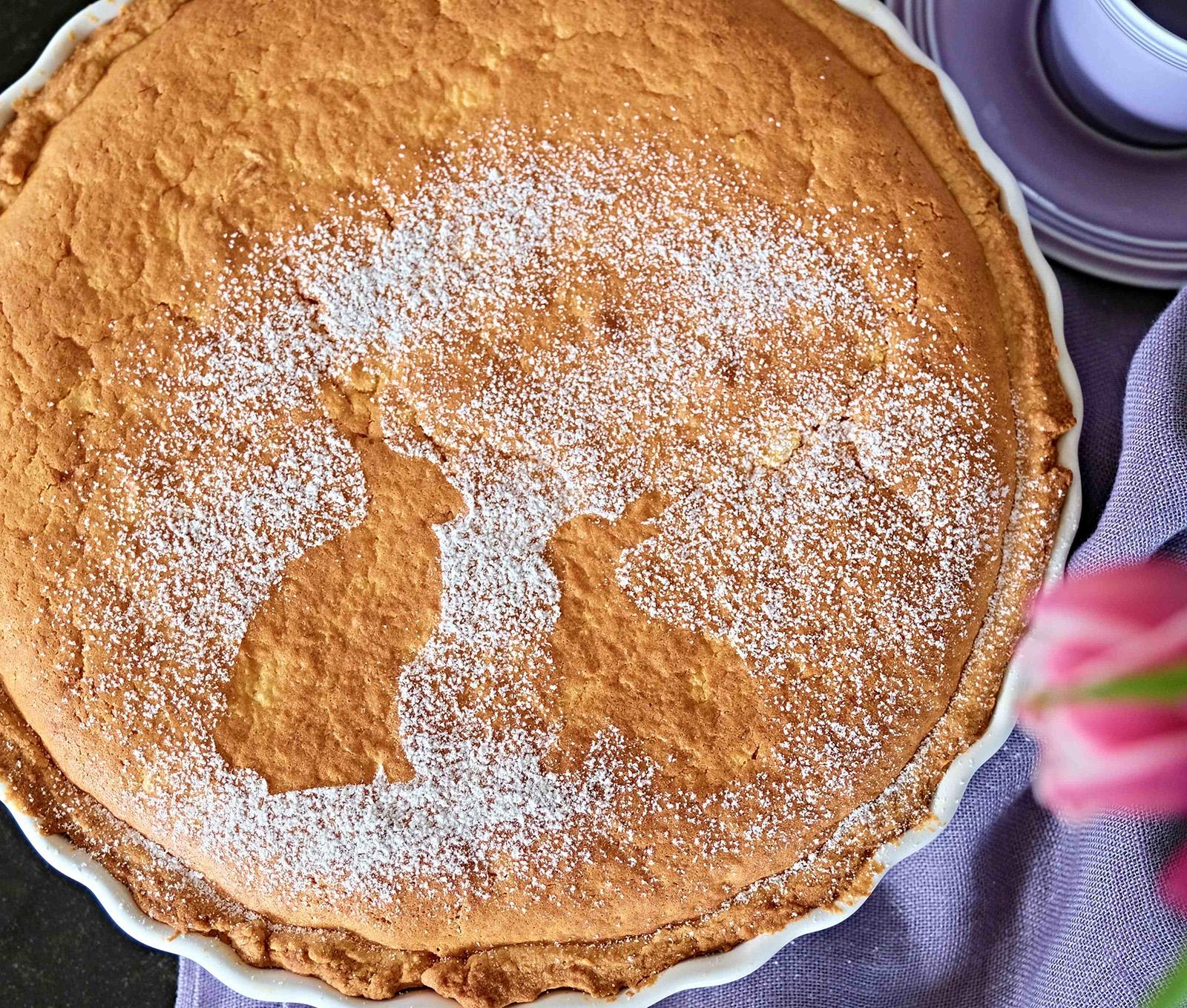 Velikonoční koláč z křehkého těsta s krupicí a pomerančovou marmeládou