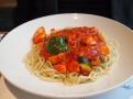 chilli men – smažené kuřecí maso s chilli omáčkou a soba nudle