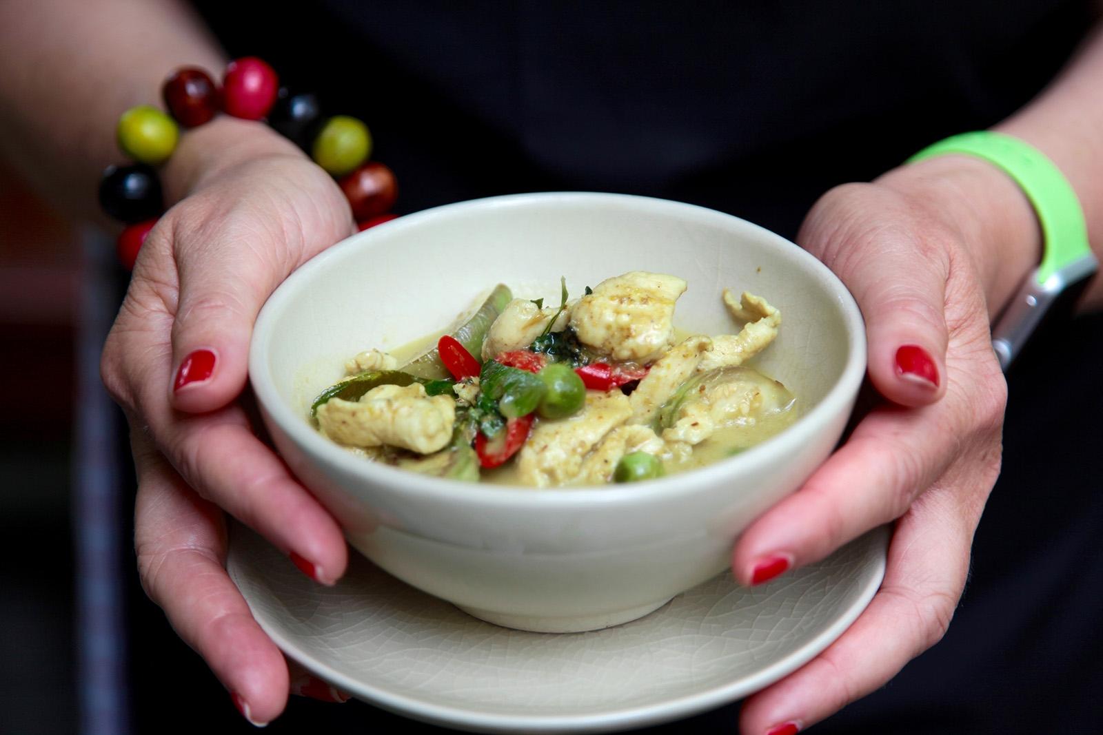Kuřecí zelené kari je jednou z chutí Thajska