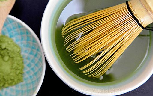 Matcha čaj – zářivě zelený prášek i do chlebíčku s čokoládou