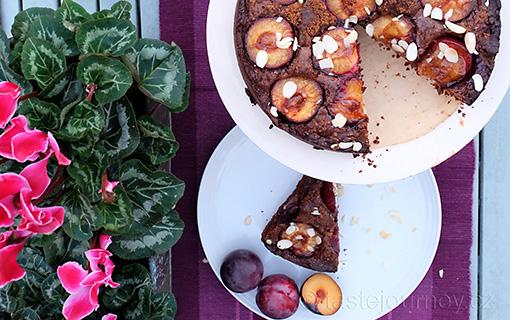 Čokoládovo-mandlový dort s blumami. Dekadentní pochoutka