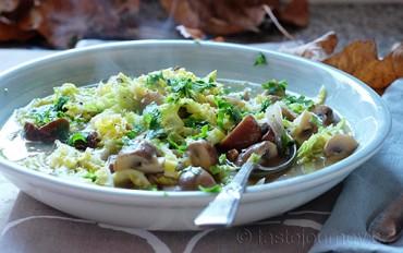Zahřejte se a pochutnejte si. Jedlé kaštany na Vánoce, ale i ve vydatném vývaru s houbami a kapustou