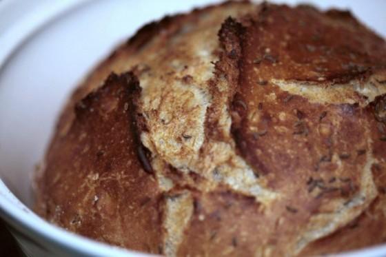 Tradiční domácí chleba bez hnětení za 15,- korun